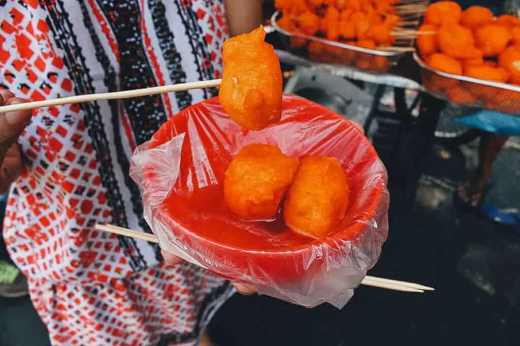 Kwek kwek filippijns streetfood